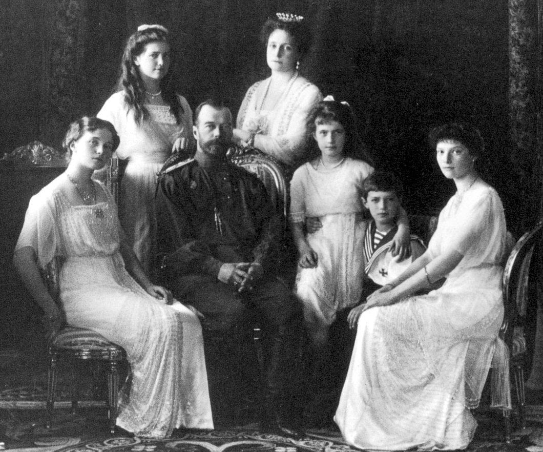 Портрет семьи Императора Николая II  Медиапроект s-t-o-l.com