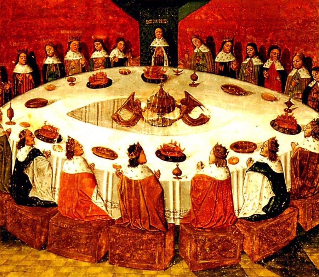 Круглый стол замка, за которым собирались рыцари. Медиапроект s-t-o-l.com