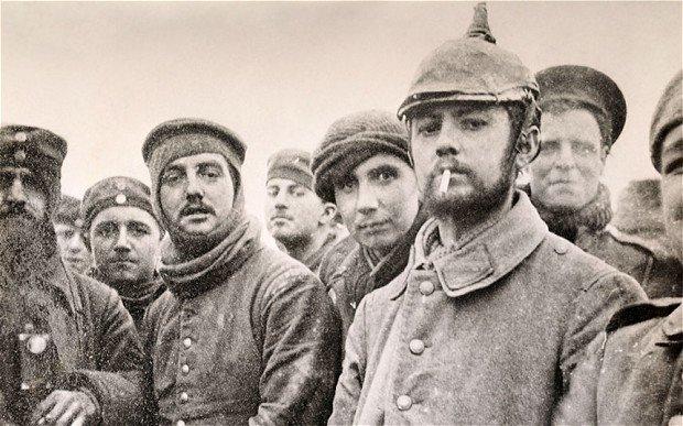 Немецкие солдаты и союзники вместе на фотографии Медиапроект s-t-o-l.com