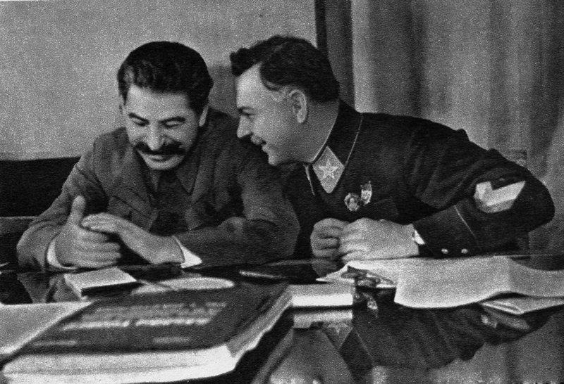 Сталин и Ворошилов Медиапроект s-t-o-l.com