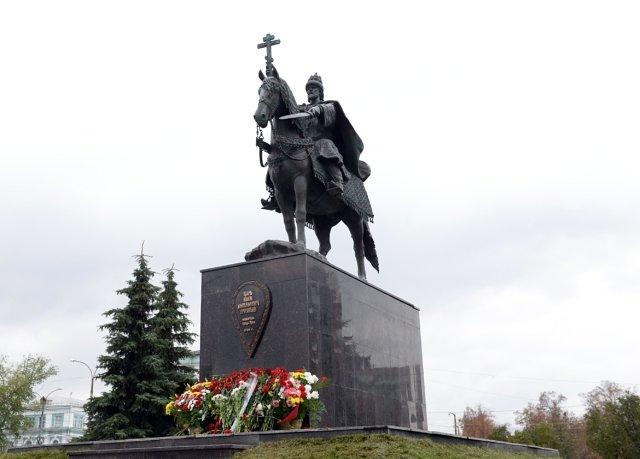 Первый в России памятник царю Ивану Грозному в Орле Медиапроект s-t-o-l.com