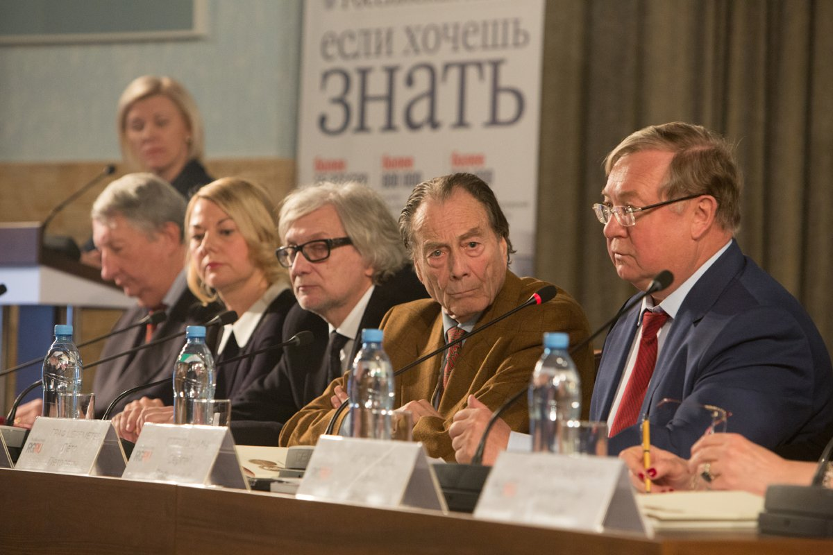 Граф Шереметев ( в центре) Медиапроект s-t-o-l.com