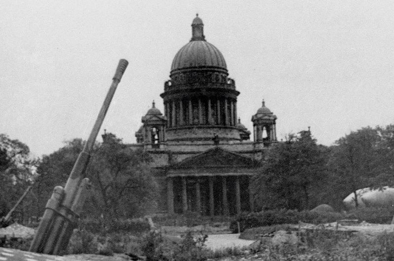 Зенитная батарея. Ленинград, 1942 год Медиапроект s-t-o-l.com