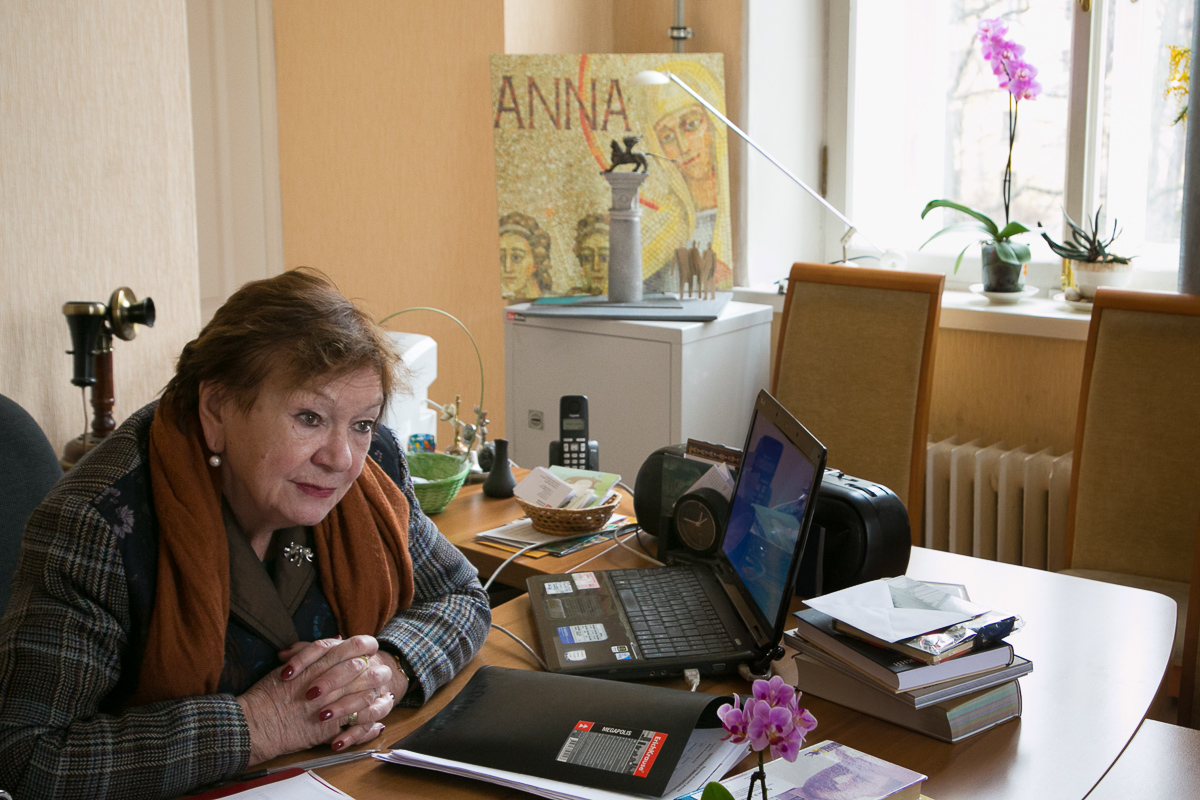 Нина Попова, Фонтанный дом, Музей Ахматовой Медиапроект s-t-o-l.com