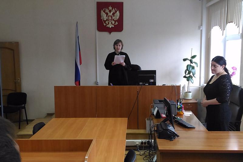Судья зачитывает приговор по делу Мелихова. Фото: Олег Глаголев Медиапроект s-t-o-l.com