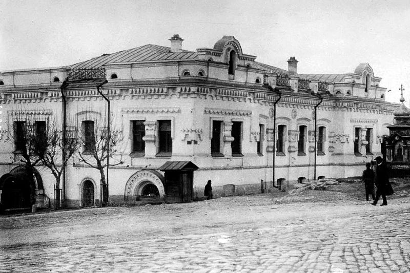 Ипатьевский дом в Екатеринбурге Медиапроект s-t-o-l.com