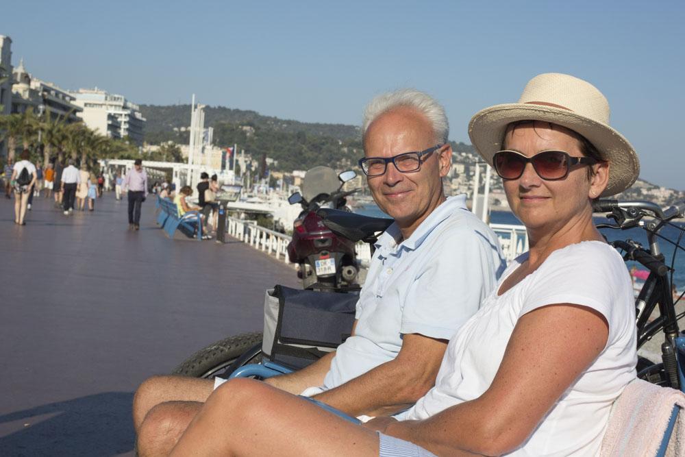 Пол и Екатерина из Бельгии на Английской набережной Медиапроект s-t-o-l.com