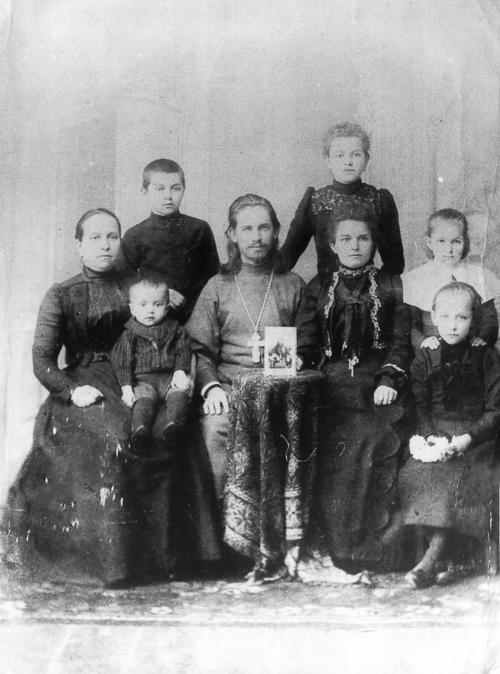 Семейный портрет Вершинских 2 Медиапроект s-t-o-l.com