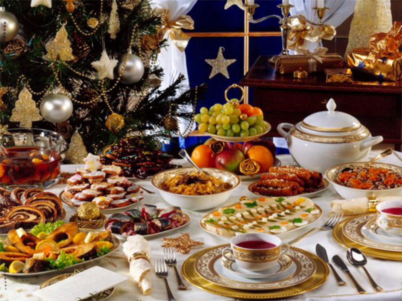 В что должно быть на столе на новый год