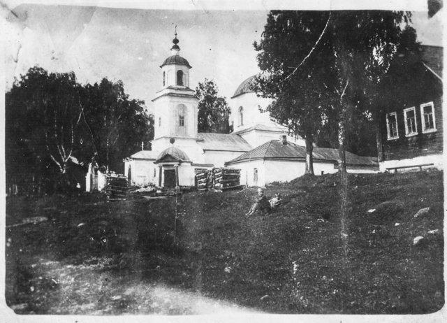 Никольский храм в Торжке (не сохранился) рядом с Дальней Троицей Медиапроект s-t-o-l.com