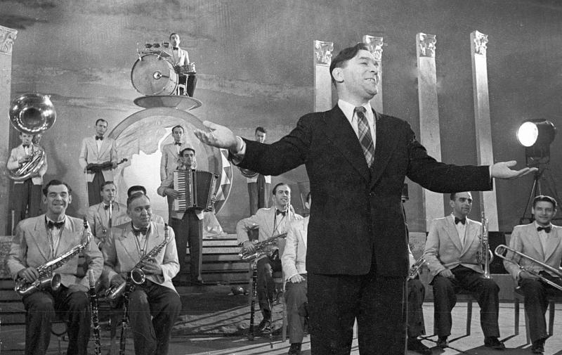 Леонид Утесов и его джаз-оркестр. 1937 год. Фото: Георгий Петрусов Медиапроект s-t-o-l.com