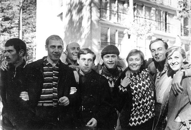 На съёмках фильма «Вертикаль». 1966 год Медиапроект s-t-o-l.com