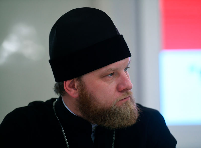 Священник Александр Волков. Фото: Кирилл Каллиников, РИА Новости Медиапроект s-t-o-l.com