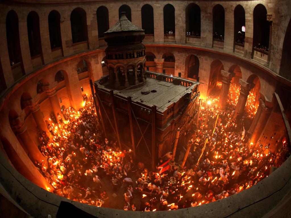 Схождение Благодатного огоня в Иерусалиме Медиапроект s-t-o-l.com
