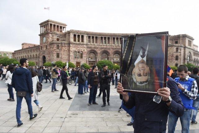 акция протеста в Ереване Медиапроект s-t-o-l.com