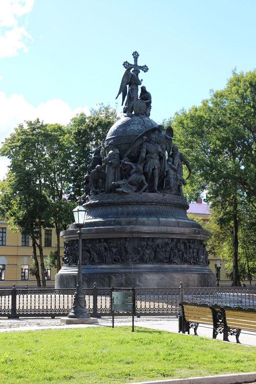 Памятник тысячелетию России. Медиапроект s-t-o-l.com