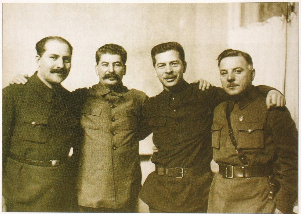 Сталин и его украинский клан- Л.М. Каганович, И.В. Сталин, П.П. Постышев , К. Е. Ворошилов Медиапроект s-t-o-l.com