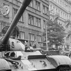 «В Праге шла настоящая война…»