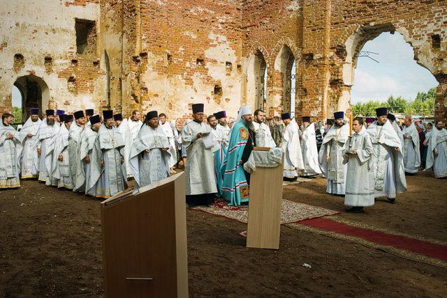Архиерейское богослужение в селе Кучки, приуроченное к столетию трагедии Медиапроект s-t-o-l.com