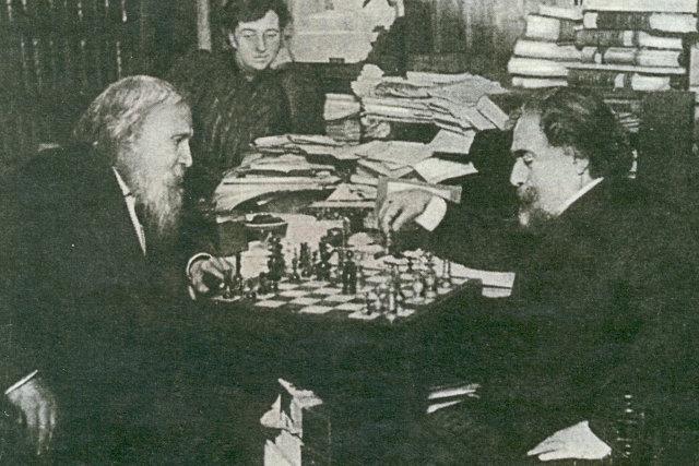 Архип Куинджи и Дмитрий Менделеев за шахматным столом Медиапроект s-t-o-l.com