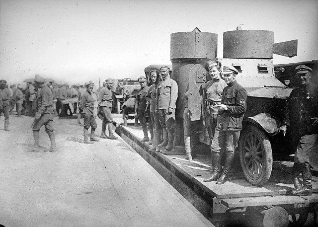 Чешский полк на железнодорожной станции, Пенза в мае 1918 Медиапроект s-t-o-l.com