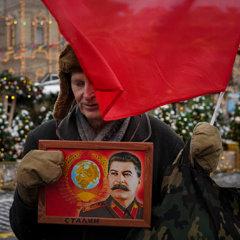 Сталин родился и умер