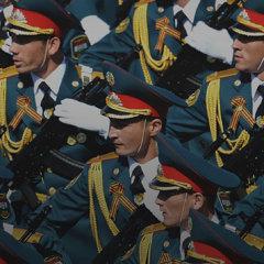 Парад, марш и ошибка на двести погибших медиков