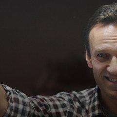 Навальный больше не «узник совести»