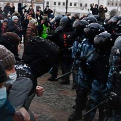 Что привело к эскалации протестов в России?